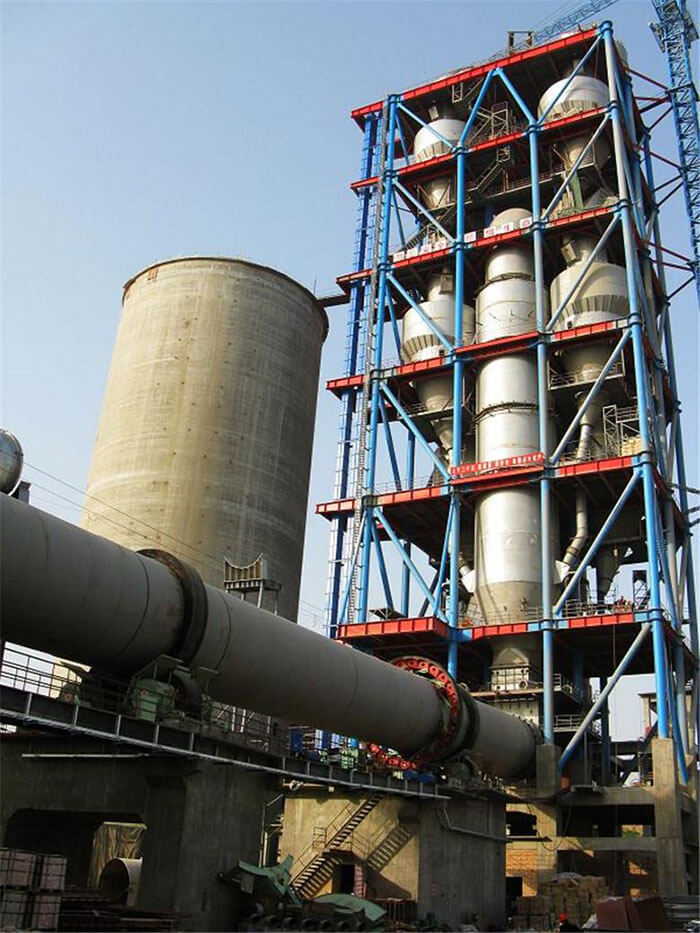 Multi-stage cyclone preheater